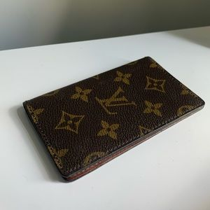 Louie Vuitton mini pocket book